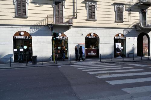 Nuova apertura a Milano in Via della Moscova, 52 (angolo Largo la Foppa) - Marzo 2013